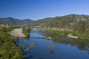 he Mann River slices through a landscape dominated by the forested hills of the Great Dividing Range at Jackadgery in northern NSW Australia